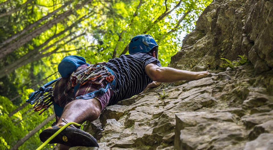 Active holidays – where to go to climbing places?